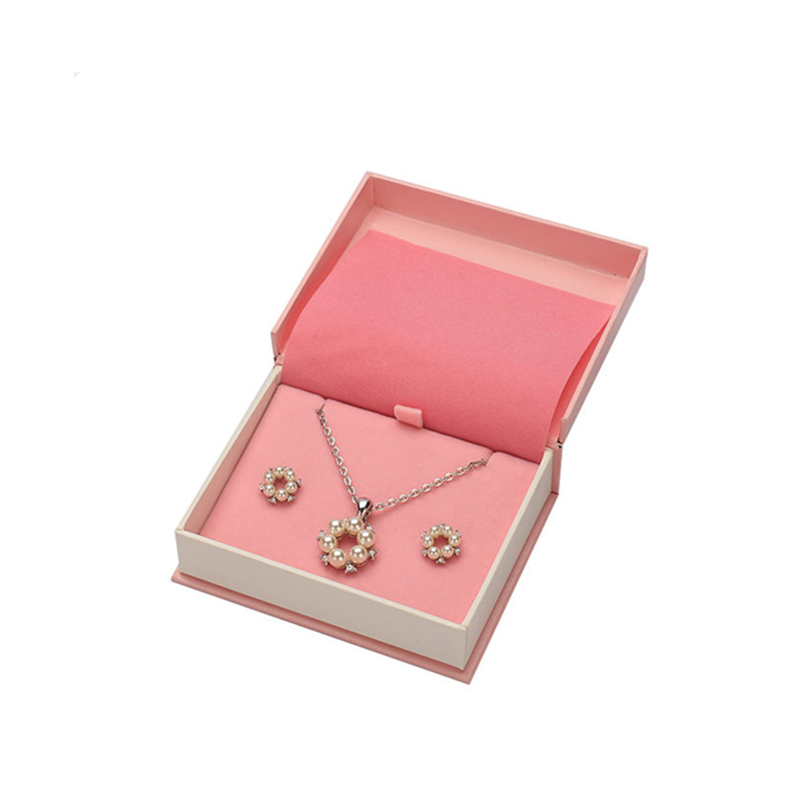 Jewelry Packaging 03