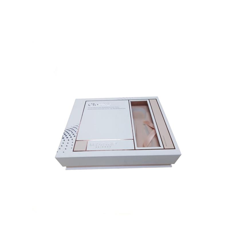 Cosmetic Packaging 02