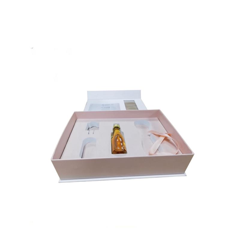 Cosmetic Packaging 05
